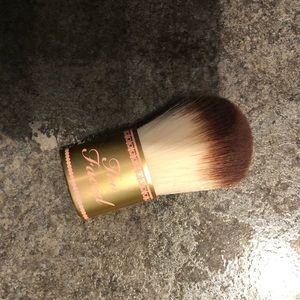 Too Faced Blush/Powder Makeup Brush